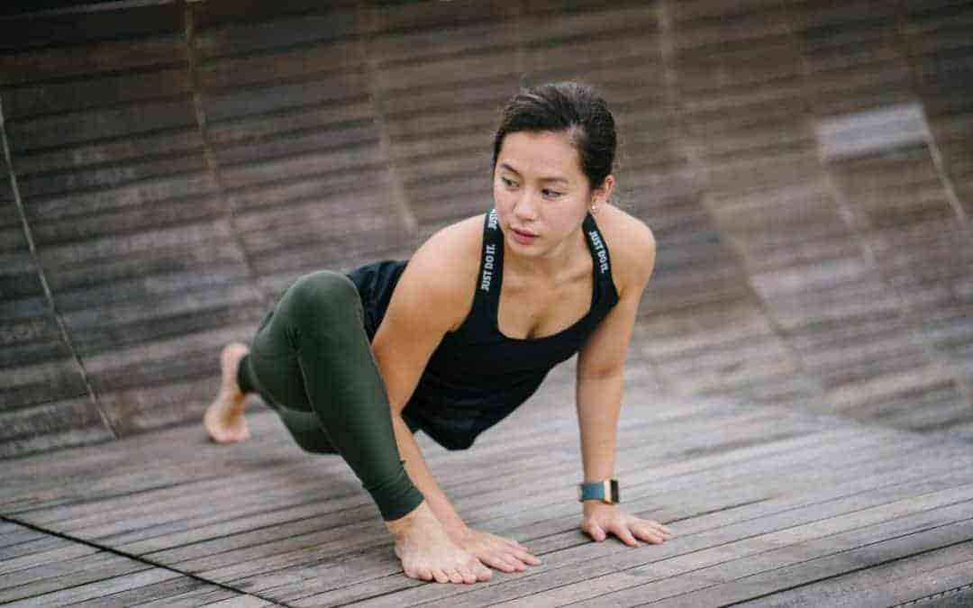 Hip Flexor Stretches to Improve Posture and Relieve Back Pain